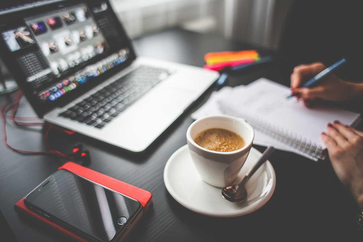 https://consultormarketing.digital/wp-content/uploads/2019/09/Como-criar-conteúdo-de-qualidade-nas-mídias-sociais.jpg