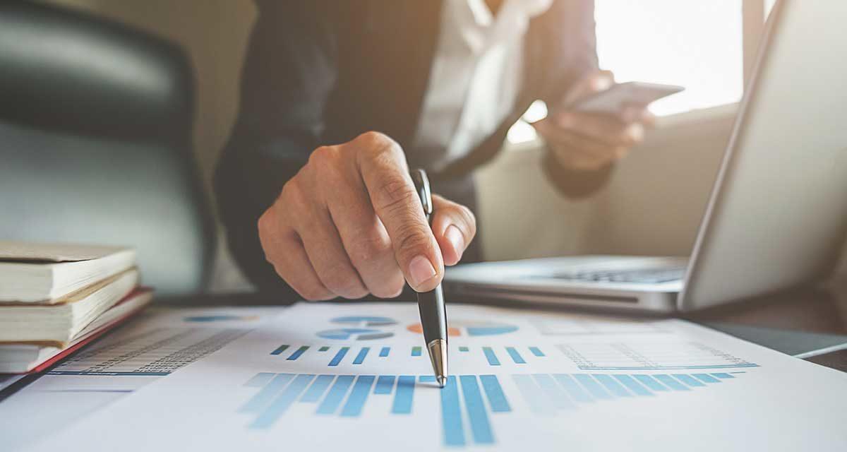 https://consultormarketing.digital/wp-content/uploads/2019/10/6-razoes-para-contratar-um-consultor-de-marketing-digital-1200x640.jpg